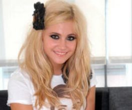 Pixie Lott turns actress