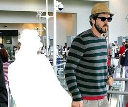 Ryan Reynolds is single again! Hurrah!