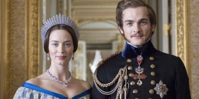 Acting royalty acting Royalty