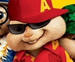 Man strips naked at Alvin And The Chipmunks: Chipwrecked screening