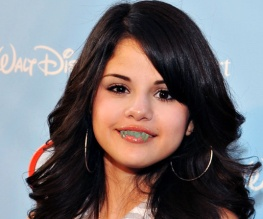 Selena Gomez replaces Miley Cyrus in Hotel Transylvania