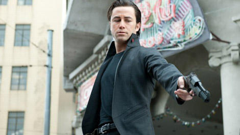 First shots of Joseph Gordon-Levitt in Looper