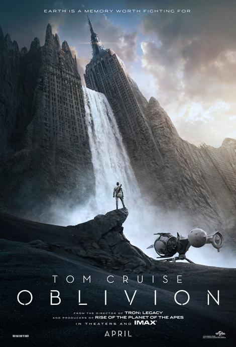 Tom Cruise points his gun at things in first trailer for Oblivion
